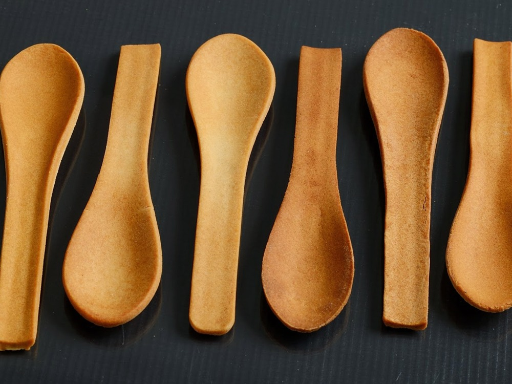 hero-edible-spoons-bakeys-biodegradable-cutlery-silverware-ecofriendly-utensils